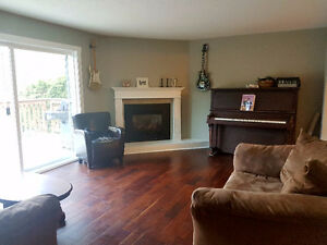 Large East Courtenay Home