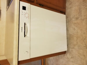 Fridge/stove/dishwasher/microwave for sale