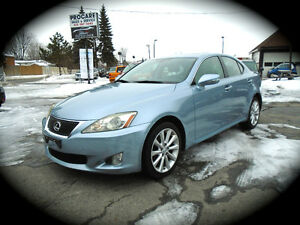 2009 LEXUS IS250 AWD!, AUTO, LEATHER, MOONROOF & HEATED SEATS.