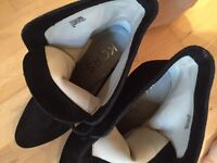 Brand new genuine Michael kors heels