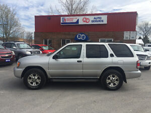 2002 Nissan Pathfinder Chilkoot XE 4X4 V6 Excellent Condition !