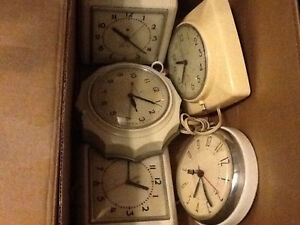 Collection of rare vintage kitchen electric clocks Windsor Region Ontario image 1
