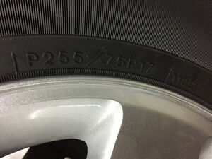 New JK Wrangler 255/75R17 JK wrangler Tires and Rims West Island Greater Montréal image 2