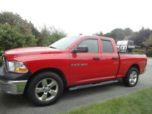 Dodge Ram1500 2012  Quad Cab for sale. 4.7 liter V8 20 ins wheel