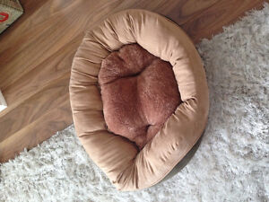 Cat/ Dog bed - reversible