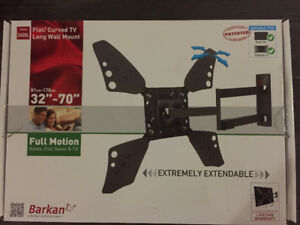 "Brand New - 32"" - 70"" Flat / Curved TV Wall Mount"