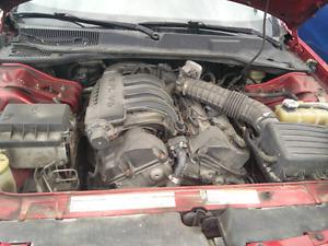 Moteur V6 dodge  2007 2.7 litres avec transmission 94000 Km