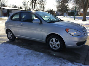 2008 Hyundai Accent 2 Door (SAFETIED) $2,995 Taxes Included