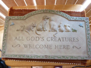 """All God's Creatures Welcome"" Plaque"