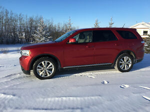 2011 Dodge Durango SXT SUV, Crossover, Navigation, Tow Package