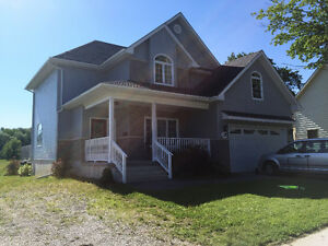 NEWER SPACIOUS TWO STOREY