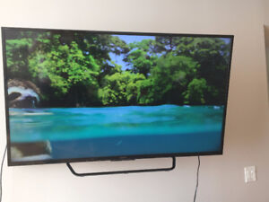 Sony XBR55X810C 55-Inch 4K Ultra HD Smart LED TV (Almost New)