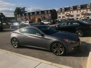 2011 Hyundai Genesis Coupe 3.8 GT Coupe