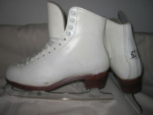 Women's Figure Skates (Gam Maxi) Size 5 with MK Blades