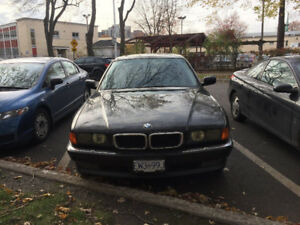 BMW 740i e38, no rust, new inspection méqanique! Good condition