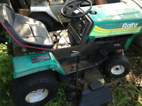 RALLY - Riding Lawn Mower