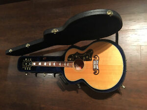 Gibson SJ200.   'KING OF THE FLAT-TOPS'