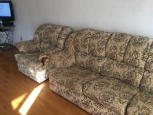 Buy Or Sell A Couch Or Futon In Toronto Gta Furniture