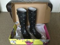 Joules Black Wellington Boots - Brand New - size 5