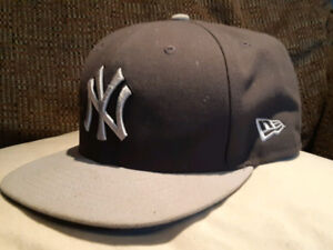 NY Fitted Hat - Light/Dark Grey SIZE 8 - Great Condition