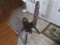 ANTIQUE PRIMITIVE SOLID WOOD 3 LEGGED BIRTHING CHAIR
