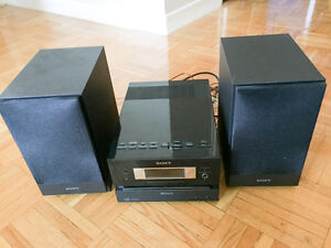 Sony Micro HI-FI System - Bluetooth - iPhone - Android