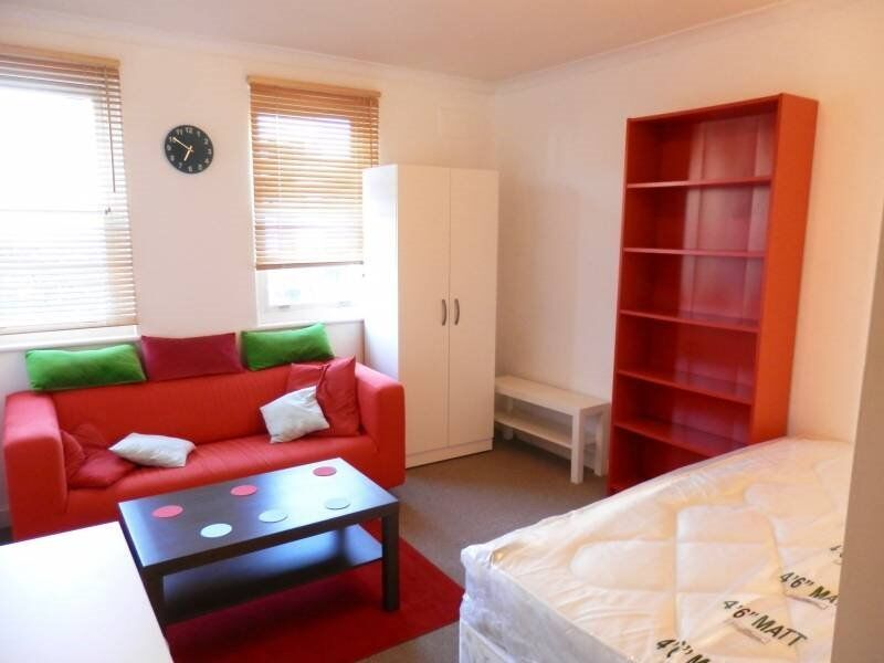 SPACIOUS ACCOMODATIONS BY OLD STREET - EXCELLENT TRANSPORT LINKS