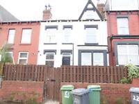1 bedroom flat in Harehills Lane, Harehills, LS8