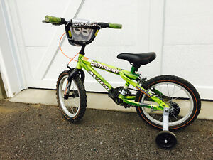 Boys 14 inch Bike with training wheels, Brand New Condition $90!