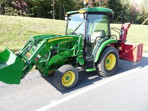 John Deere 3046R, 4X4 Cab, Tracteur,garantie 2018