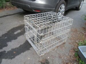 KENNEL - METAL - REDUCED!!!!