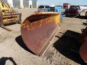 Weldco 930 One Way Snow Blade. ON AUCTION!