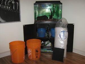 20 Gallon Fish Tank / Aquarium