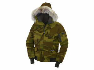 canada goose classic camo chilliwack hooded bomber jacket green