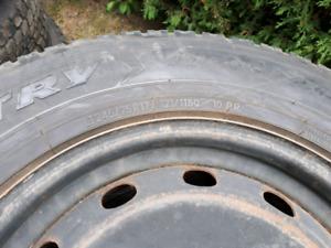 pneus et rims 245-75-r17