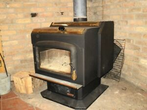 """Drolet """"HT""""2000, wood stove."""
