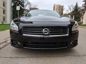 (Sale/Trade) - 2011 Nissan Maxima SV (55,000KM)