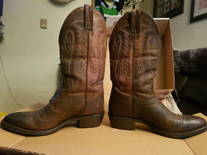 Mens Country Western Cowboy Boots Size 11 - For Sale