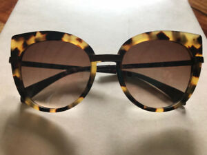 NEVER WORN - Marc By Marc Jacobs Cat Eye Sunglasses