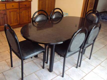 6 seater dining table and chairs $200 ONO