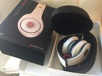 Dr.Dre STUDIO beats headphones - White