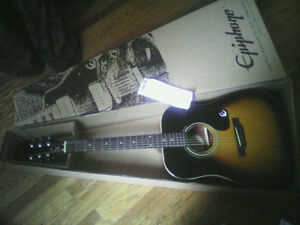 Selling brandnew Epiphone acoustic bought a couple days ago $150