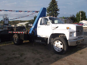 F600 Ford C/W Knuckle Boom