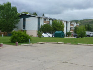 PEACE RIVER - Two Bedroom Apartment -Great Rental Incentive
