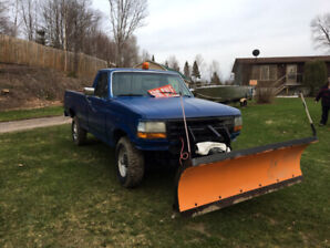 1991 Ford (3/4 Ton) Pick-Up Truck