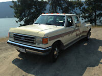 1990 Ford F-350 Lariat Crew Cab Dually Pickup Truck