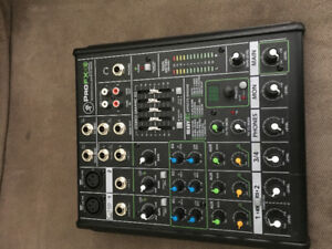 Mackie ProfFX4 - 4 channel mixer W/ eq and effects