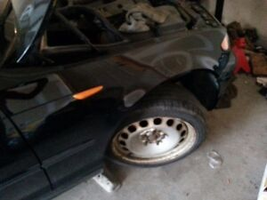 parting out 2002 bmw 320 i London Ontario image 6