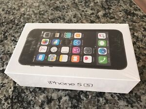 New in box Apple iPhone 5s space grey Rogers 16GB London Ontario image 1