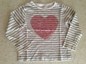 Shirts for a girl, size 2-4Y Gatineau Ottawa / Gatineau Area image 9
